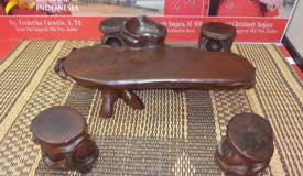 ../images/gallery/souvenir/carving-furniture.jpg