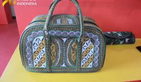 ../images/gallery/souvenir/rattan-bag.jpg