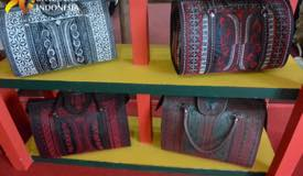 ../images/gallery/souvenir/rattan-bag3.jpg