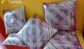 ../images/gallery/souvenir/rattan-craft3.jpg